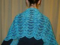Szaliki i chusty / Scarves and shawls
