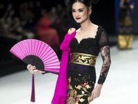 Kebaya / The Heritage of Indonesia