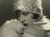 Images from the 1920s, fashion, make up, hair.