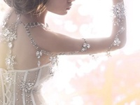 **Beautiful Wedding Dresses** Please follow the Board that you Like, Thanks. •PLEASE• DO NOT PIN MORE THAN 10PINS @ AT TIME• be courteous•