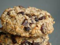 Oatmeal Raisin Cookies, Oatmeal and Chewy Oatmeal Raisin Cookies