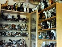 I Love collecting all kinds of Shelf Horses.