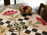 Quilts-Runners/Toppers/Placemats/Minis