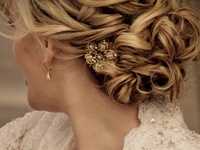 Hair and Beauty ideas for weddings and parties.