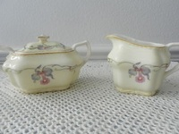 Creamers and Sugar Bowls/Spooners
