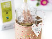 DIY und Basteln / Tolle DIY-Ideen zum Selbermachen. Basteln mit Papier, Filz, Stoff oder Wolle, Holz, Nähen für Anfänger, DIYs mit Blumen, Malen auf Porzellan, Beton-Ideen, Stricken, Häkeln, Foto-Ideen, Makramee, Streichholzschachteln kreativ gestalten und vieles mehr. Ob Kaffeetasse, Kerzenhalter, Kissen, Blumenvase, Kerzenständer, Schlüsselbrett, Türstopper oder Schlüsselanhänger: Hier findet ihr viele bunte Ideen und Tutorials als Geschenk oder für euch selbst!