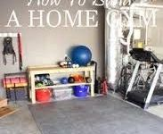 Gym Garage ideas / Do you want to build your own gym place at home. Get inspired with all those layout and product ideas