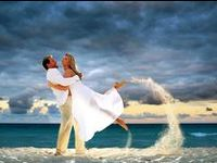 Planning a wedding or honeymoon? Check out some ideas and let us know how we can help! 1-888-700-TRIP