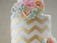 cake ideas to add some extra sweetness to your engagement party, bridal shower or your big day