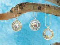 Jewelry Inspiration: Story Lockets