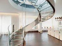 Escadas / Escadas feitas de vidro