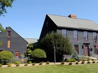 Colonial, Early American Home