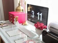 Ideas for setting up a beautiful home office.