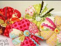 Pincushions & Neddlecases