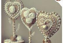 Burlap Beauties / Burlap crafts / by Navy Wifey Peters   USS Crafty