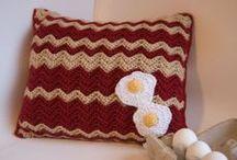 Crochet Corner: Pillows / crochet pillows & cushions