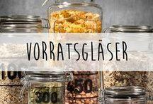 Vorratsgläser ♥️ / Vorratsgläser und -behälter kann man nie genug haben. Hier zeigen wir dir vielseitige Möglichkeiten, wie du deine Vorratsgläser einsetzen kannst.