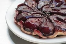 Pies and Tarts / by Donna Zuckerberg