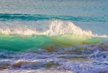 H 2 Ohhhhhh / Love the water and all of its hues and moods!