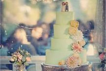 Cakes / by Anne Woods