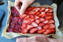 Raw Foods (Recipes) / Desserts requiring no oven