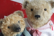 Love Vintage Teddies / by Lori Glenn