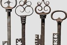 Keys /Door Knobs