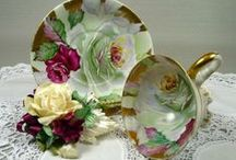 Home-Table China, Crystal & Silver / Pretty & Elegant   / by Linda Finni