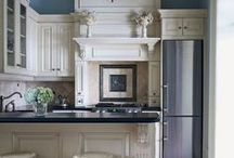 I love Kitchens / kitchens / by Jennifer Holappa Bell