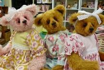 My Bears / #teddy #teddies #bearmaking #teddybears #artistteddybears #megelles Megelles by Lisa Dopking