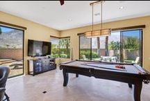Pool Table Vacation Homes in Palm Springs / Palm Springs Vacation Rental Homes with Pool Tables and Entertainment.