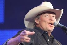 OMG it's Alan Jackson / The one and only Alan Jackson  / by Donna Lynn