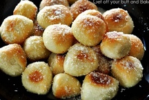 Breads, Snacks, Drinks / by Brieanna DarlingDoodles