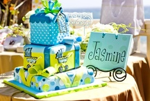 baby shower cakes / by Traciee' Williams
