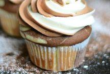 Cupcakes / by Tatum Kenley