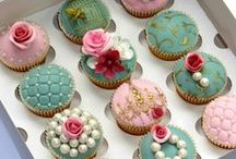 Cupcakes! / by Kami Stewart
