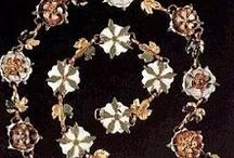 Vintage/Vintage Style Jewels