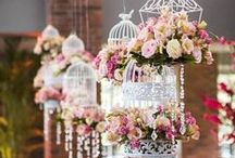 Love Birds Wedding / Birdcages, bird cage wedding theme inspirations. Endless wedding ideas on beautifulday.com.pl.