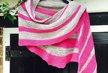 Hand knit shawls I love / Shawlish inspiration for my knitting.