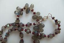Beads / Beads, beading, earrings, beading ideas, clever beading ideas / by Tanya Dalton