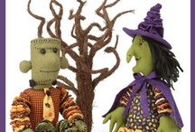 Halloween Crafts - Sewing Patterns / Sewing patterns and DIY craft projects for sewing, designing and creating handmade Halloween crafts.