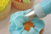 Sweet Lessons ~ Cakes ~ Cupcakes  / Cake decorating... / by Christina Allen