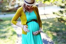 Maternity Clothes / Maternity clothes and fashion that make you look amazing.