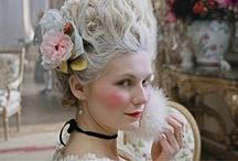 Marie Antoinette / Tenho paixão por Maria Antonietta... conheci o livro de Sofia Coppola em 2007, desde lá me tornei amante da história complexa de Marie, além de me apaixonar por Versailles...e por toda França...