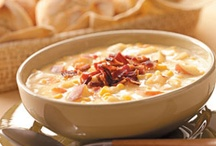 Recipes-Soups / by Laurie Reaves