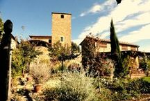 Wedding Venues Tuscany / What could be more romantic than an authentic Italian wedding in Tuscany? Here are our favourite wedding venues in the Tuscan region!