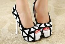 Dream shoes / I love shoes. These are shoes that visit me in my dreams :) / by Maricella Garcia