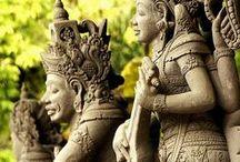 INDONESIA / Un Viatge gravat en l'ànima / by Rosalia Casas H.