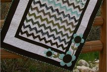 Bedroom Quilts / by DeeDra Parks Fry