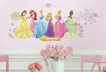 Disney Princess Theme Wall Decorations / Someday my wall stickers will come... These beautiful inspirational disney princesses can be added to walls in minutes.